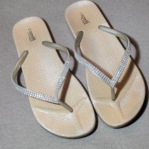 💚5/$20💚 Capelli Rhinestone Rubber Sandals